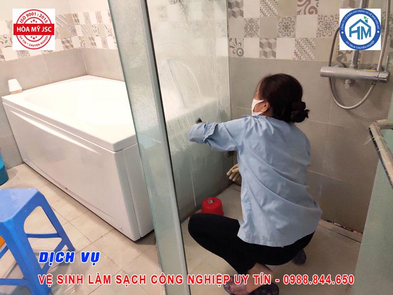 Dịch vụ vệ sinh công nghiệp Hà Nội 8