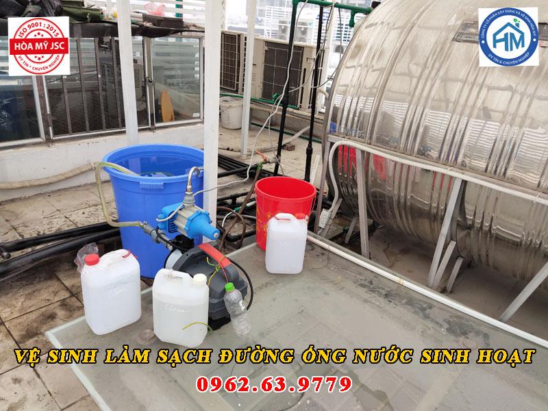vệ sinh làm sạch đường ống nước sinh hoạt