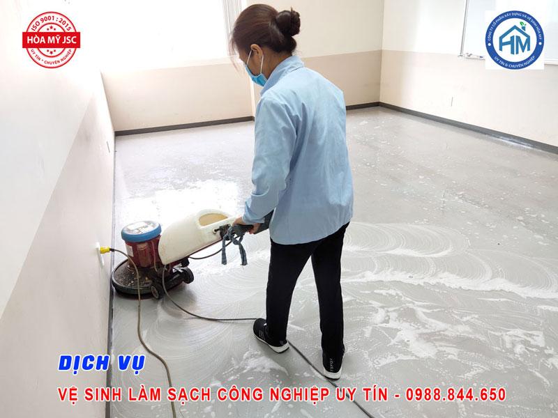 Dịch vụ vệ sinh công nghiệp Hà Nội 6