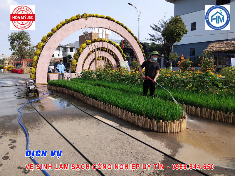 Dịch vụ vệ sinh công nghiệp Hà Nội